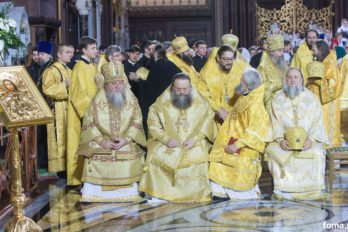 2016-11-20-a23k3407-moska-hhs-liturgiya-70-s_f