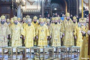 2016-11-20-a23k3617-moska-hhs-liturgiya-70-s_f