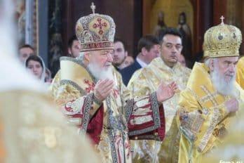 2016-11-20-a23k3766-moska-hhs-liturgiya-70-s_f