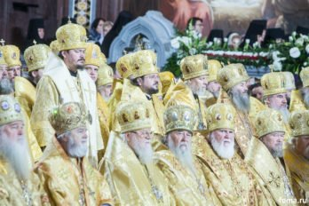 2016-11-20-a23k3834-moska-hhs-liturgiya-70-s_f