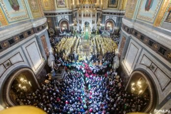 2016-11-20-a23k3844-moska-hhs-liturgiya-70-s_f