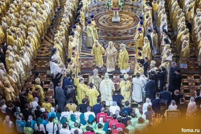 2016-11-20-a23k3870-moska-hhs-liturgiya-70-s_f