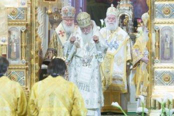 2016-11-20-a23k4073-moska-hhs-liturgiya-70-s_f