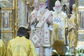 2016-11-20-a23k4112-moska-hhs-liturgiya-70-s_f