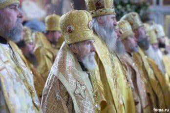 2016-11-20-a23k4168-moska-hhs-liturgiya-70-s_f