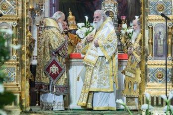 2016-11-20-a23k4374-moska-hhs-liturgiya-70-s_f