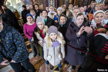 2016-11-20-a23k4949-moska-hhs-liturgiya-70-s_f