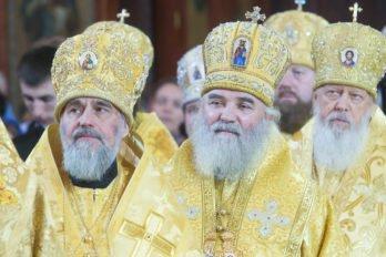 2016-11-20-a23k5400-moska-hhs-liturgiya-70-s_f