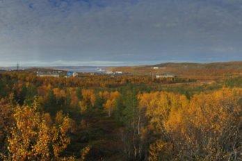 Панорама Североморска с Маячной сопки. Фото: Сергей Шинкарюк