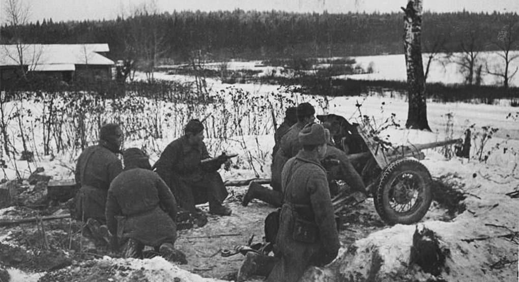 В России вспоминают контрнаступление советских войск под Москвой в 1941 году