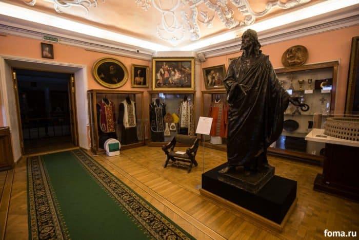 Зал Западно-Европейского декоративно-прикладного искусства