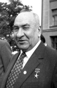27-5-boris-aleksandrovich-ryibakov