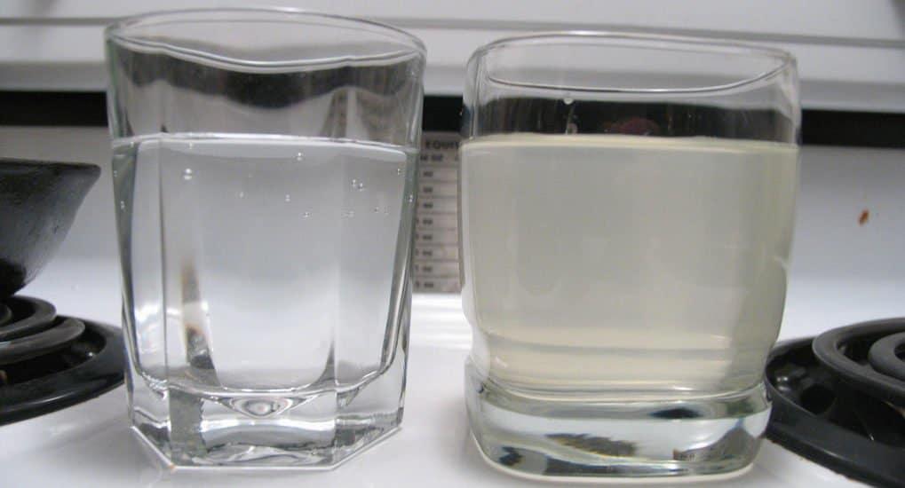 Что делать, если испортилась святая вода?