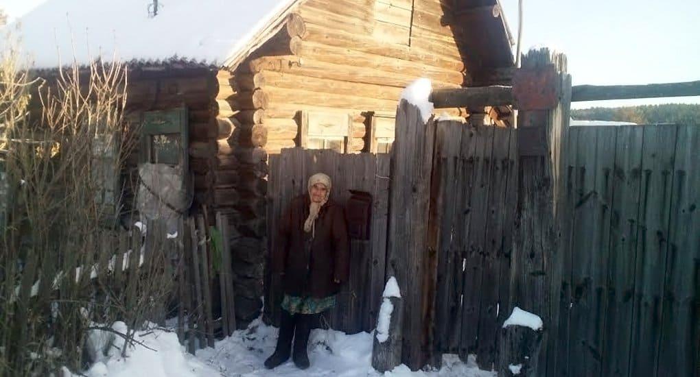 Нуждающихся Свердловской области обеспечат на зиму дровами