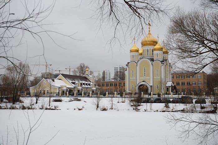hramsptrimifuntosv