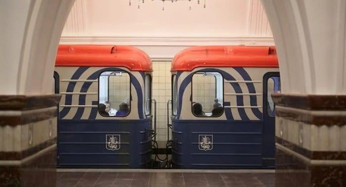 До 13 июля изменен режим работы станции «Кропоткинская» у храма Христа Спасителя