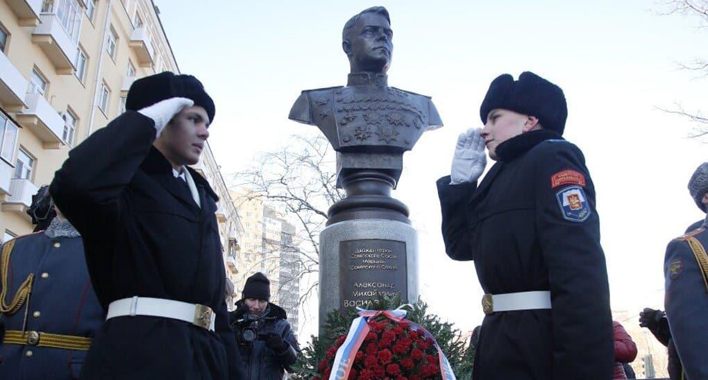 В Москве открыли «народный» бюст маршалу Александру Василевскому