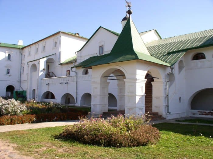 Архиерейские палаты. Фото Alex Zelenko