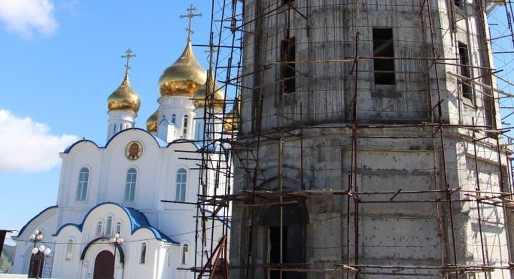 Заключенные на Камчатке помогают в строительстве кафедрального собора