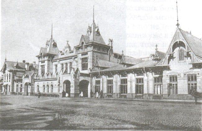 Царскосельский вокзал, на ступенях которого скончался Иннокентий Анненский