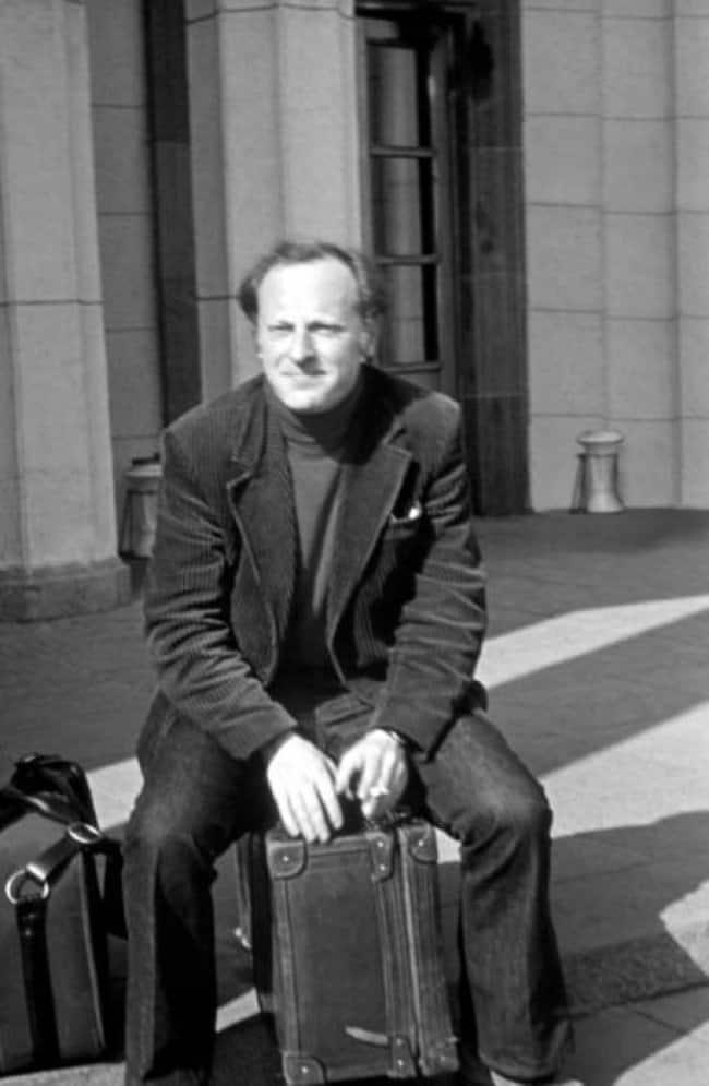 Бродский в аэропорту «Пулково» в день эмиграции - 4 июня 1972 г.