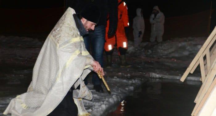 Вечером 18-го и утром 19 января 2018 года пройдет Великое освящение воды