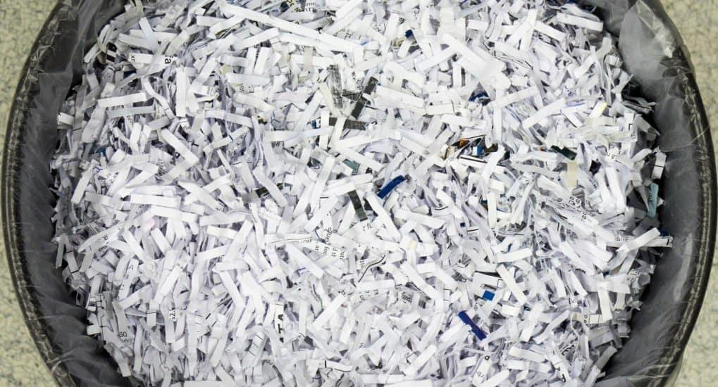 Священник порвал бумажку с грехами. Исповедь совершилась?