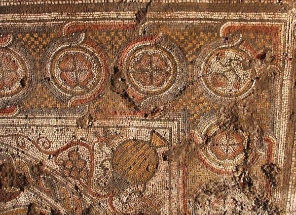 Российские археологи нашли в Иерихоне церковный клад
