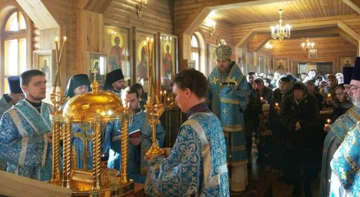 В Воркуте помолились о жертвах трагедии на шахте «Северная»
