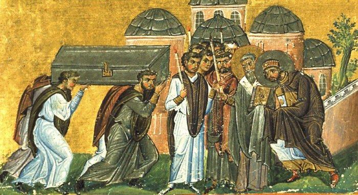 Церковь празднует перенесение мощей святителя Иоанна Златоуста