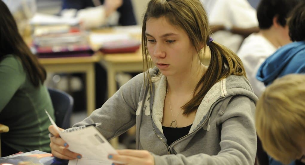 С участием Церкви в Смоленске создана программа консультативной помощи подросткам