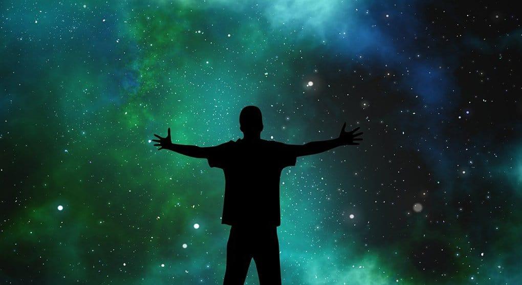 Вселенная без Бога не может породить красоты, - публицист Сергей Худиев