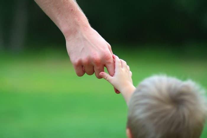 Нам не хватает не жалости, нам не хватает отцов