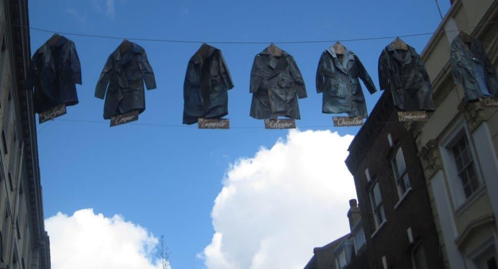 Когда и кому раздавать одежду умершего