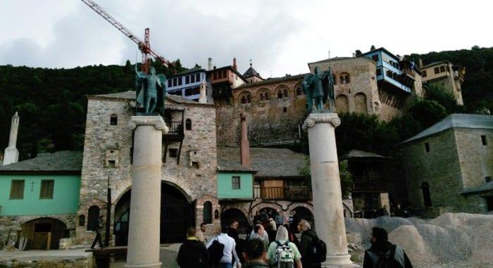Главный храм Дохиара может рухнуть при первом же землетрясении