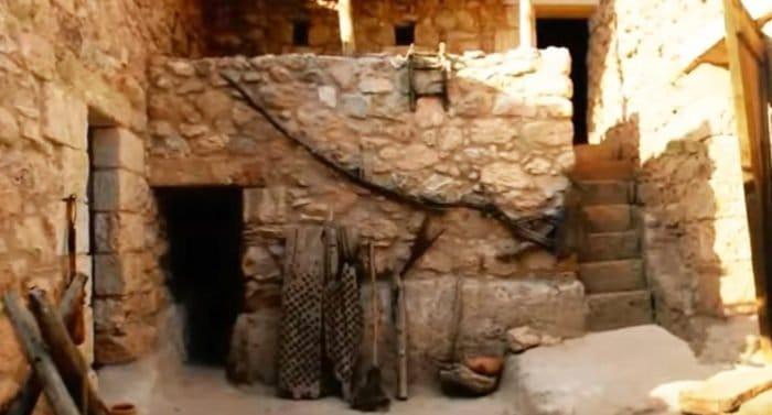 Археолог из Британии утверждает, что нашел дом, в котором жил Христос