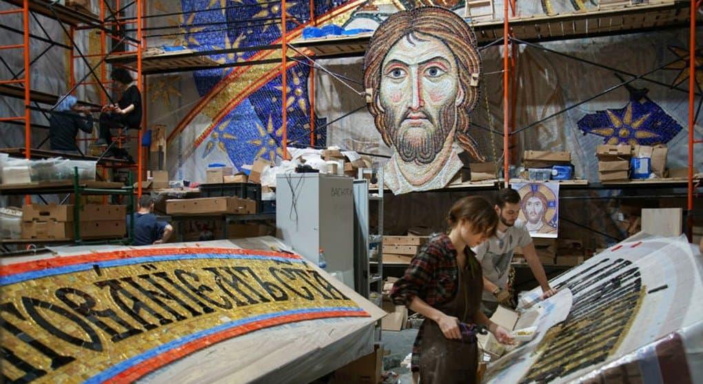 Россия продолжит помогать сербам благоукрашать собор святого Саввы