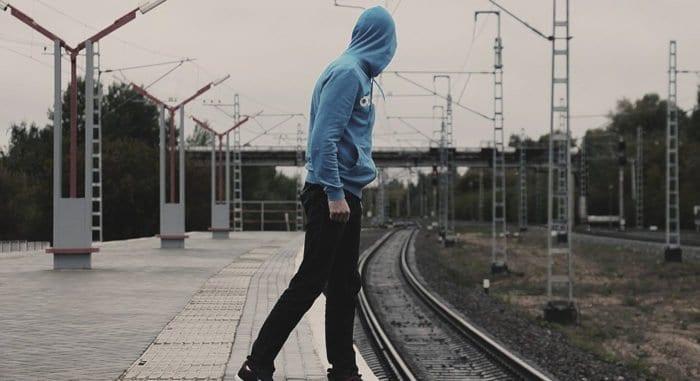 Во «ВКонтакте» теперь можно пожаловаться на призывы к суициду