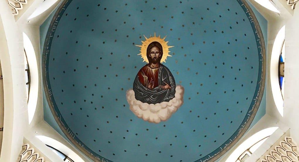 В разрушенном боевиками храме Мосула чудом уцелел образ Христа