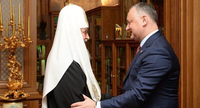 Патриарх Кирилл признателен Игорю Додону за внимание к Православной Церкви Молдовы