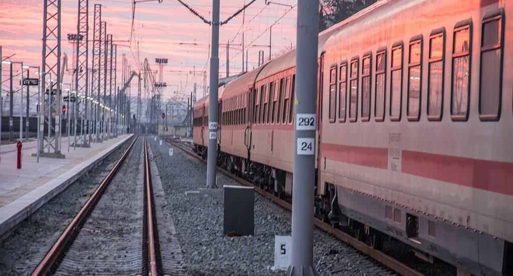 «РЖД» поможет «Милосердию» отправить домой отставших от поезда