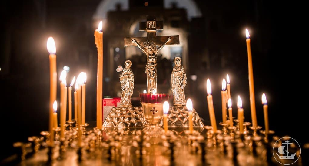 В Петербургской епархии будут 40 дней молиться о погибших в метро