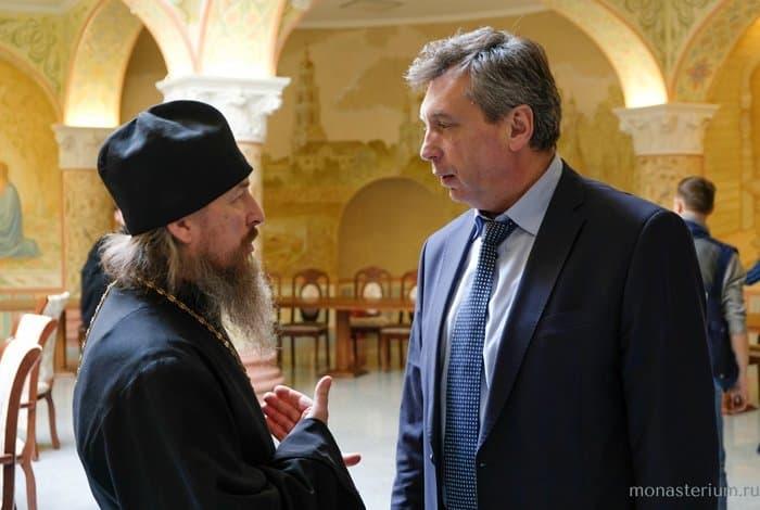 В Москве обсудили возрождение Саровской пустыни и Дивеевской обители