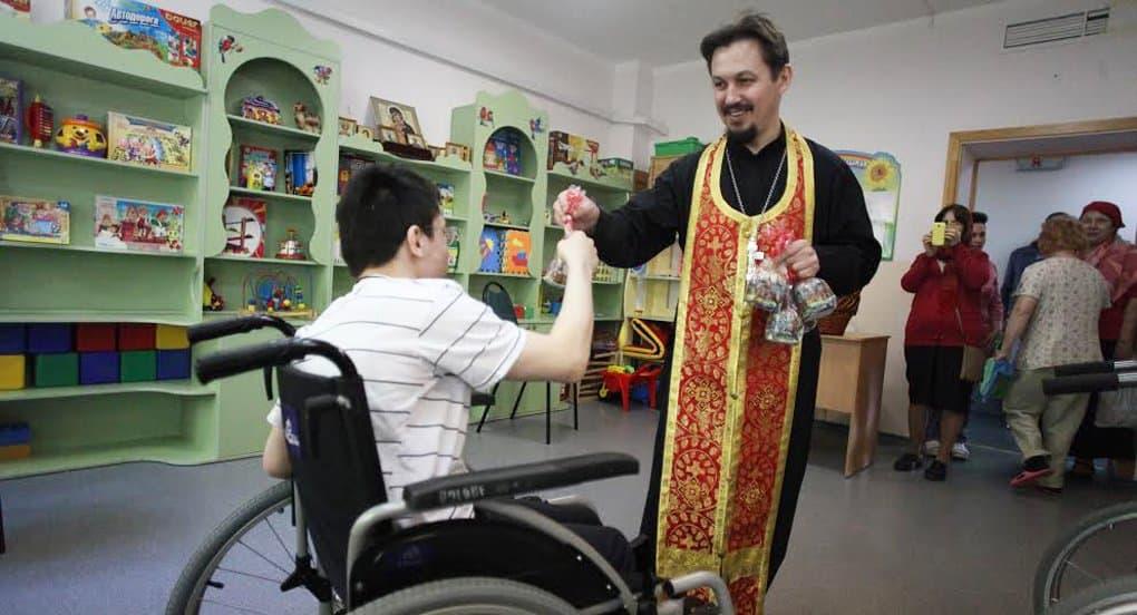 В возможных масштабах добрые дела должны совершаться на каждом приходе, – патриарх Кирилл