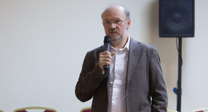 Патриарх говорил о том, что нельзя заменить веру в Бога верой в «прогресс», - Александр Щипков