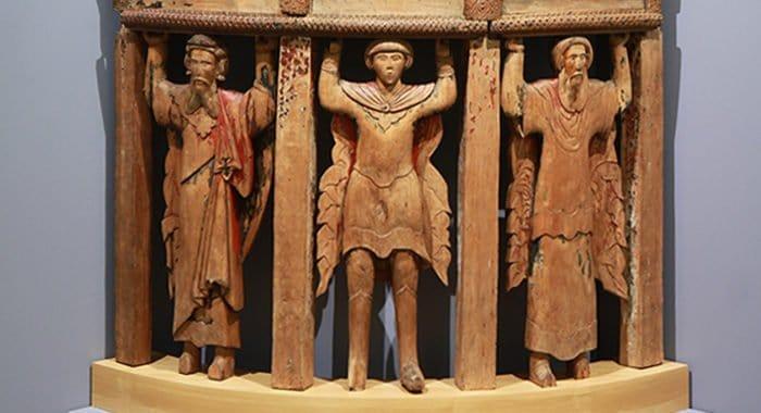 Единственный резной амвон XVI века представили в Русском музее