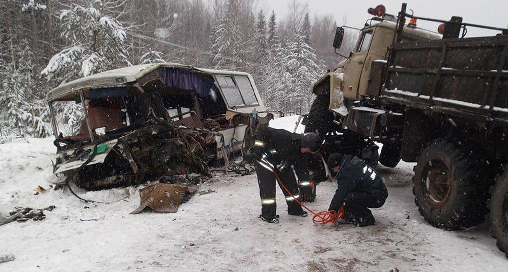 Сыктывкарское духовенство помогает пострадавшим в ДТП с автобусом