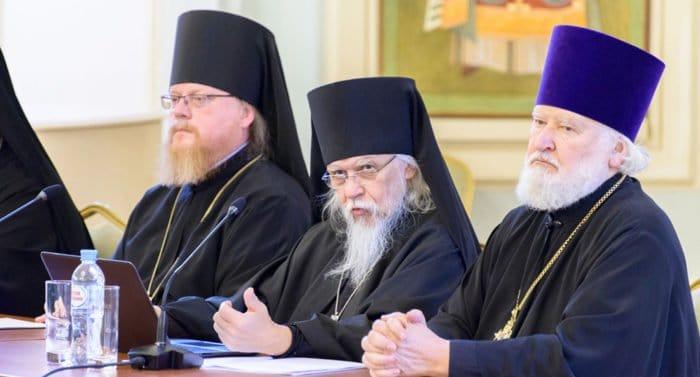 У каждого священника должен быть духовник, - епископ Пантелеимон