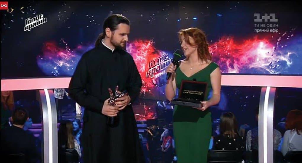 Священник победил в украинском шоу «Голос страны»