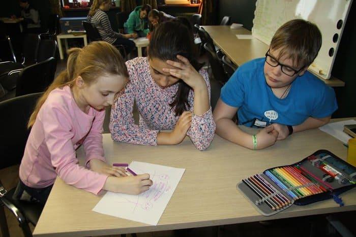 Московские школьники поговорили об обиде и прощении